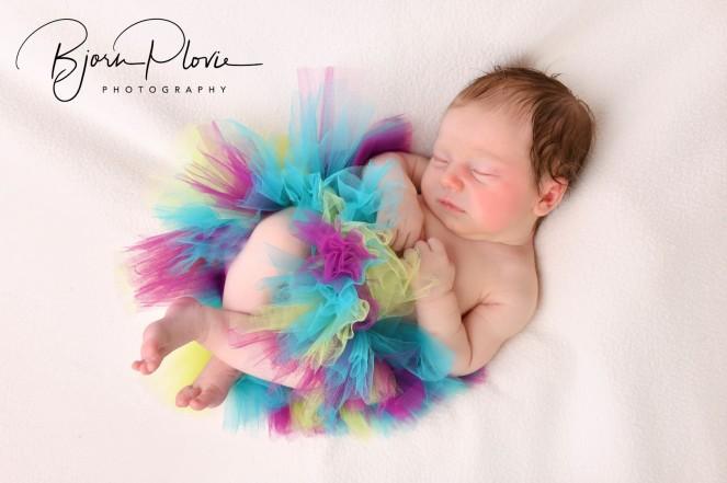 Newborn Hanne 010 meet logo